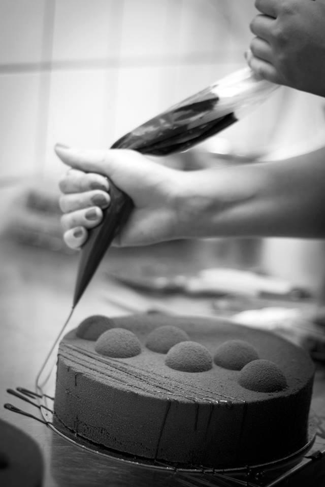saraaasumhultberg-baking2
